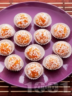 Бързи постни морковени бонбони с орехи, канела и кокос за десерт - снимка на рецептата